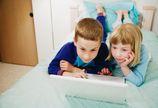 Ograniczy� uczniom czas na telewizj� i internet?