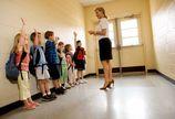 Kto uczy polskie dzieci?