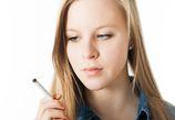 U młodych kobiet papierosy mogą zwiększać ryzyko raka piersi